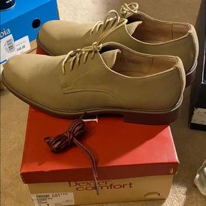Brand new Brown suede oxfords